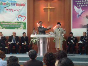 Lee 牧師と久美子牧師夫人